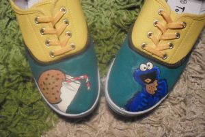 Cookie monster shoes by LilayneMantis