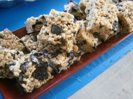 Oreo Cookie Rice Krispie Treats by EternalWandering