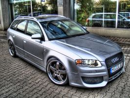 AUDI RS4 Avant HDR by ROM1GTO