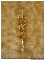 gold wire wrapping pendant by gosiekd