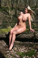 A maiden to tempt weary souls by Singingnaturist