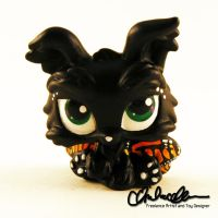Monarch Pupperfly custom LPS by thatg33kgirl