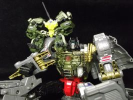 Guzzle and Grimlock kicking back and relaxing by forever-at-peace