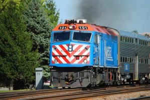 Metra Maple Ave_0031 9-20-12 by eyepilot13
