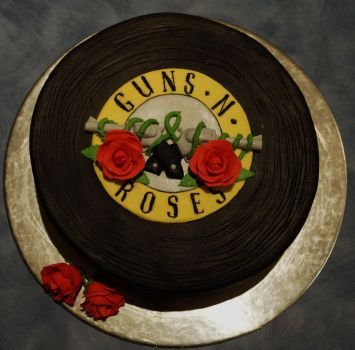 Guns n Roses Vinyl cake by whisk-us-away
