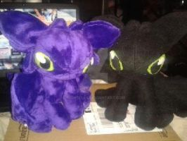 Toothless Twins by nightelfy