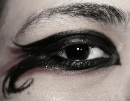 Eye Liner by funerals0ng