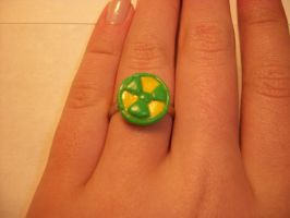 Hulk/Radiation ring by QueenAliceOfAwesome