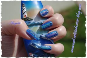 Nail art Swimming water marble by Angelik23