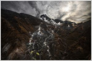 Hakone's Fumarole by Graphylight