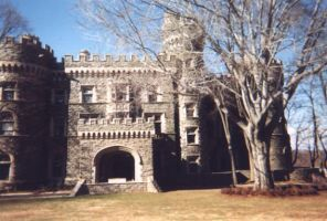 Grey Towers Castle - Front by marienoire