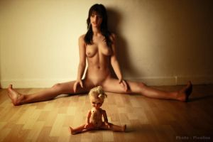 two dolls by Pixelles