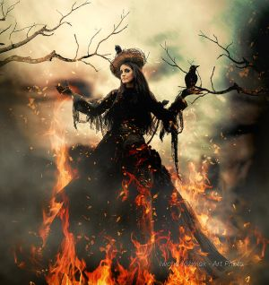 Queen of the fire ... by mirandaarts