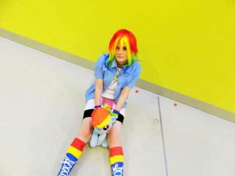 ~Am I cute?~ Part 2 (Rainbow Dash Cosplay) by EeveeNyappy