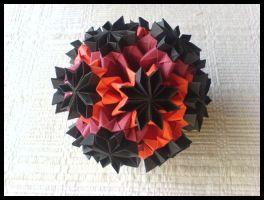 Kusudama 4 by lonely--soldier