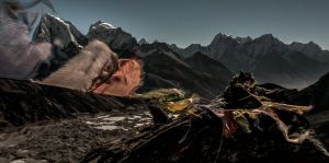 Prayer flag at Gokyo Ri - Nepal by PasoLibre