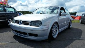 Volkswagen Golf IV by Arek-OGF