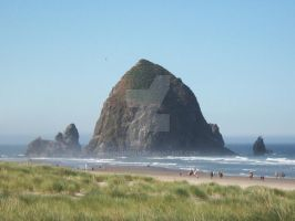 Haystack Rock, Oregon coast by LynnOBrien