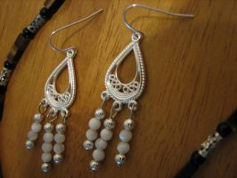 White and Silver Earrings by jneia