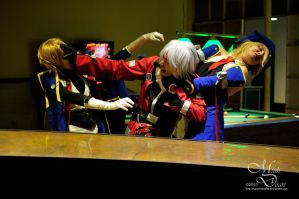 Ragna is multi-tasking... by maverickdelta
