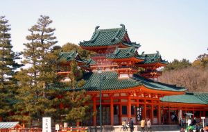 Temple in Kyoto by Lianthanis
