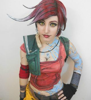 Lilith from Borderlands 2 Cosplay by FizCosplay