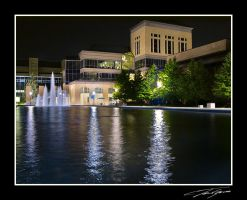 U of M fountains with building by electricjonny