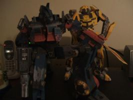 O-prime and Bumble Bee - paper model's by Allhallowseve31