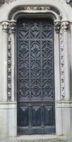 Pere Lachaise - Door 26 by senzostock