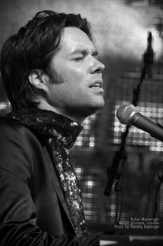 Rufus Wainwright by Staged