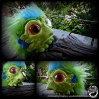 Rolypoly Alien #3 by SonsationalCreations