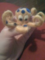 felted yellow octopus by spadesofchaos