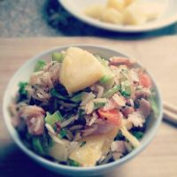 pineapple fried rice. by sorekara
