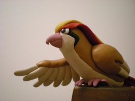 Pidgeot by Foureyedalien