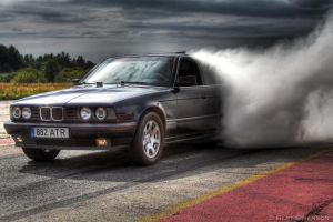 BMW burnout HDR by simenkon