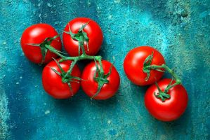 Tomatoes by 6Victor6
