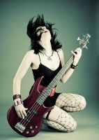 Moxie with Bass by RupturedStructure