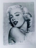 Marilyn Monroe by NeverLookBackk