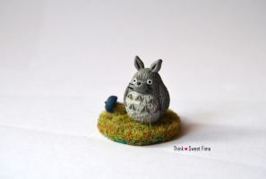 My neighbour Totoro by ThinkSweet