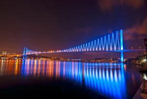 Bosphorus Bridge by ahmetkutuk