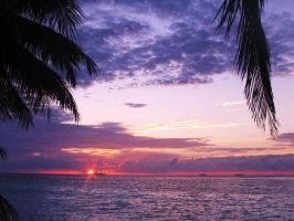 Sunset in the Maldives by x----eLLiE----x
