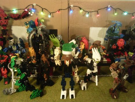 Christmas party MOC display by toa-pikabot