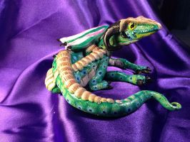 Smiling Green Dragon Sculpture by omfgitsbutter