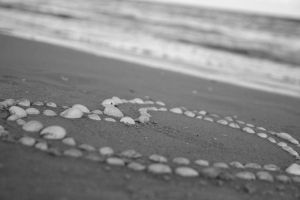 a heart in the sand - ii by LadySilvie