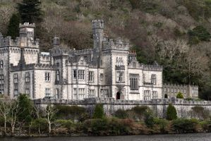 Kylemore Abbey by Avaloniteaa