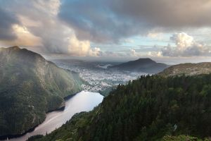 Bergen seen from Blaamannen by FF93