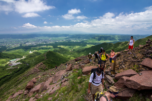 Hiking up Mt. Aso by TimGrey
