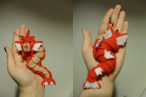 Petit Shiny Gyarados by Sexual-Pancake
