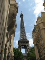 Eiffel Tower by skimask123