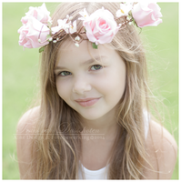 Flower girl 3 by ainedesign
